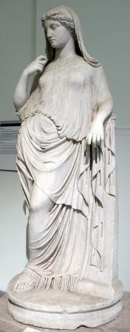 Afrodite_appoggiata,_copia_del_II_sec_da_orig._greco_del_V_ac._6396.JPG